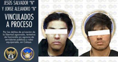 Vinculan a sujetos que secuestraron a un paciente de hospital y desataron balacera en Celaya.